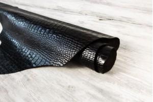 Кожа галантерейная КРС Турция (черный шоколад,  штамп крокодил, лак)